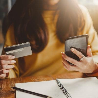 Online furniture store shopper