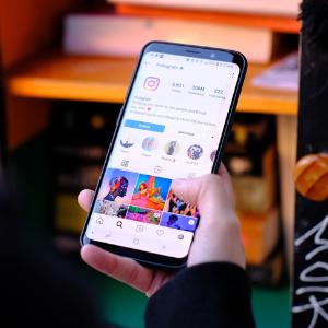 social commerce through instagram